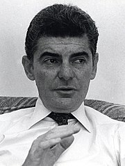 Richard Benjamin photo: Towpilot, license gfdl - 180px-Richard_Benjamin