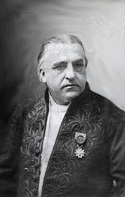 Portrait of Jean-Martin Charcot (click to view image source)