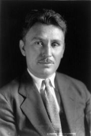Portrait of Wiley Post (click to view image source)