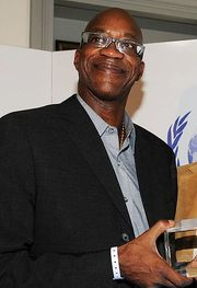 Portrait of Edwin Moses (click to view image source)