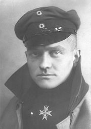 Portrait of Manfred von Richthofen (click to view image source)
