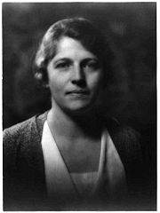 Portrait of Pearl Buck (click to view image source)