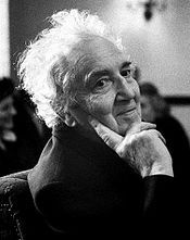 Portrait of Robert Graves  (click to view image source)
