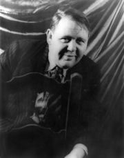 Portrait of Charles Laughton (click to view image source)
