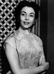 Portrait of Jennifer Jones (click to view image source)