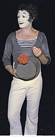Portrait of Marcel Marceau  (click to view image source)