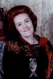 Portrait of Joan Sutherland (click to view image source)