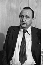 Portrait of Hans-Dietrich Genscher (click to view image source)