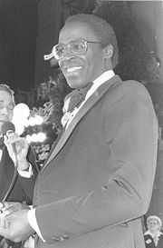 Portrait of Robert Guillaume (click to view image source)