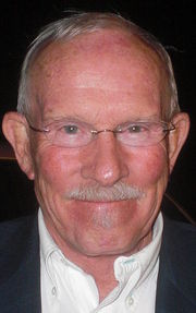 Portrait of Tom Smothers (click to view image source)