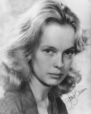 Portrait of Sandy Dennis (click to view image source)