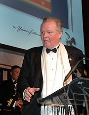 Portrait of Jon Voight (click to view image source)