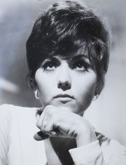 Portrait of Brenda Vacarro (click to view image source)