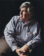 Portrait of Stephen Jay Gould (click to view image source)