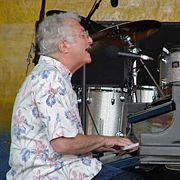 Portrait of Randy Newman (click to view image source)
