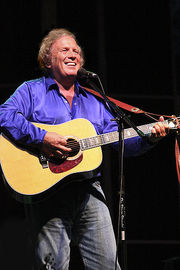 Portrait of Don McLean (click to view image source)