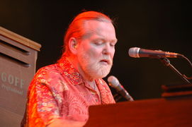 Portrait of Gregg Allman (click to view image source)