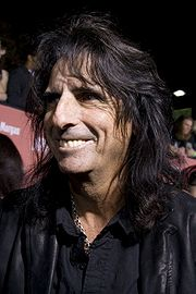 Portrait of Alice Cooper (click to view image source)