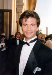 Portrait of Lorenzo Lamas (click to view image source)