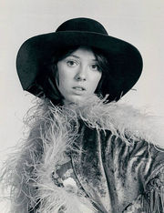Portrait of MacKenzie Phillips (click to view image source)