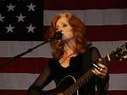 Portrait of Bonnie Raitt (click to view image source)