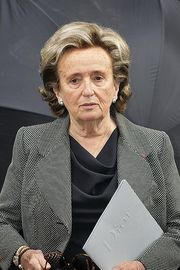 Portrait of Bernadette Chirac (click to view image source)