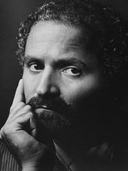 Portrait of Gianni Versace (click to view image source)