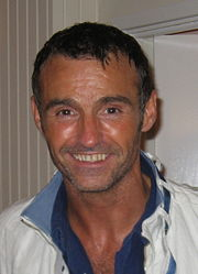 Portrait of Marti Pellow (click to view image source)