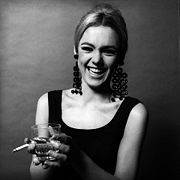 Portrait of Edie Sedgwick (click to view image source)
