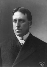 Portrait of William Randolph Hearst (click to view image source)