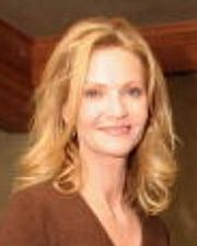 Portrait of Joan Allen (click to view image source)