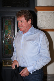 Portrait of Michael Crawford (click to view image source)