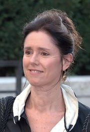 Portrait of Julie Taymor (click to view image source)