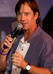 Portrait of Kevin Sorbo (click to view image source)