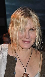 Portrait of Daryl Hannah (click to view image source)