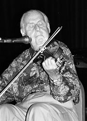Portrait of Stéphane Grappelli (click to view image source)