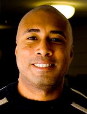 Portrait of Bernie Williams (click to view image source)