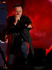 Portrait of Jim Kerr (click to view image source)