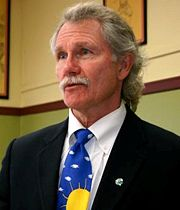 Portrait of John Kitzhaber (click to view image source)