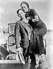 Portrait of Clyde Barrow (click to view image source)
