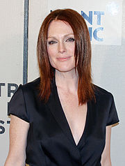 Portrait of Julianne Moore (click to view image source)