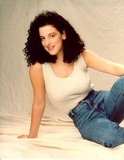Portrait of Chandra Levy (click to view image source)