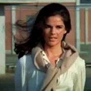 Portrait of Ali MacGraw (click to view image source)