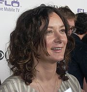 Portrait of Sara Gilbert (click to view image source)