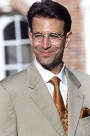 Portrait of Daniel Pearl (click to view image source)