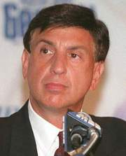 Portrait of Marv Albert (click to view image source)