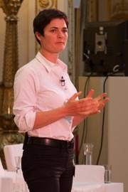 Portrait of Ellen MacArthur (click to view image source)