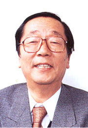 Portrait of Masaru Emoto (click to view image source)