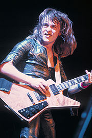 Portrait of Rick Derringer (click to view image source)