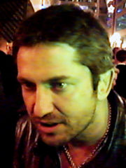 Portrait of Gerard Butler (click to view image source)